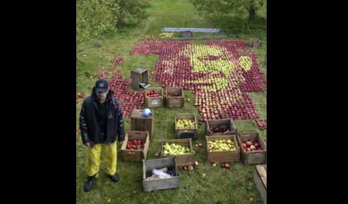 Retrato steve jobs manzanas 3