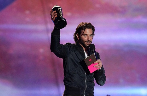 Bradley Cooper-MTV Movie Awards 2013