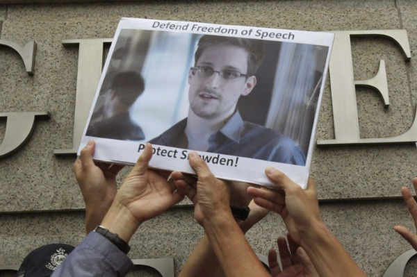 Edward-Snowden-Wikipedia