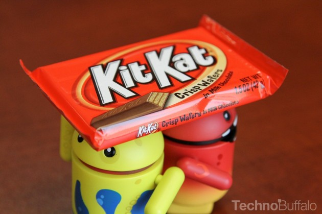 Android-KitKat-Yellow-and-Red-Mascots-KitKat-Helmet-630x419