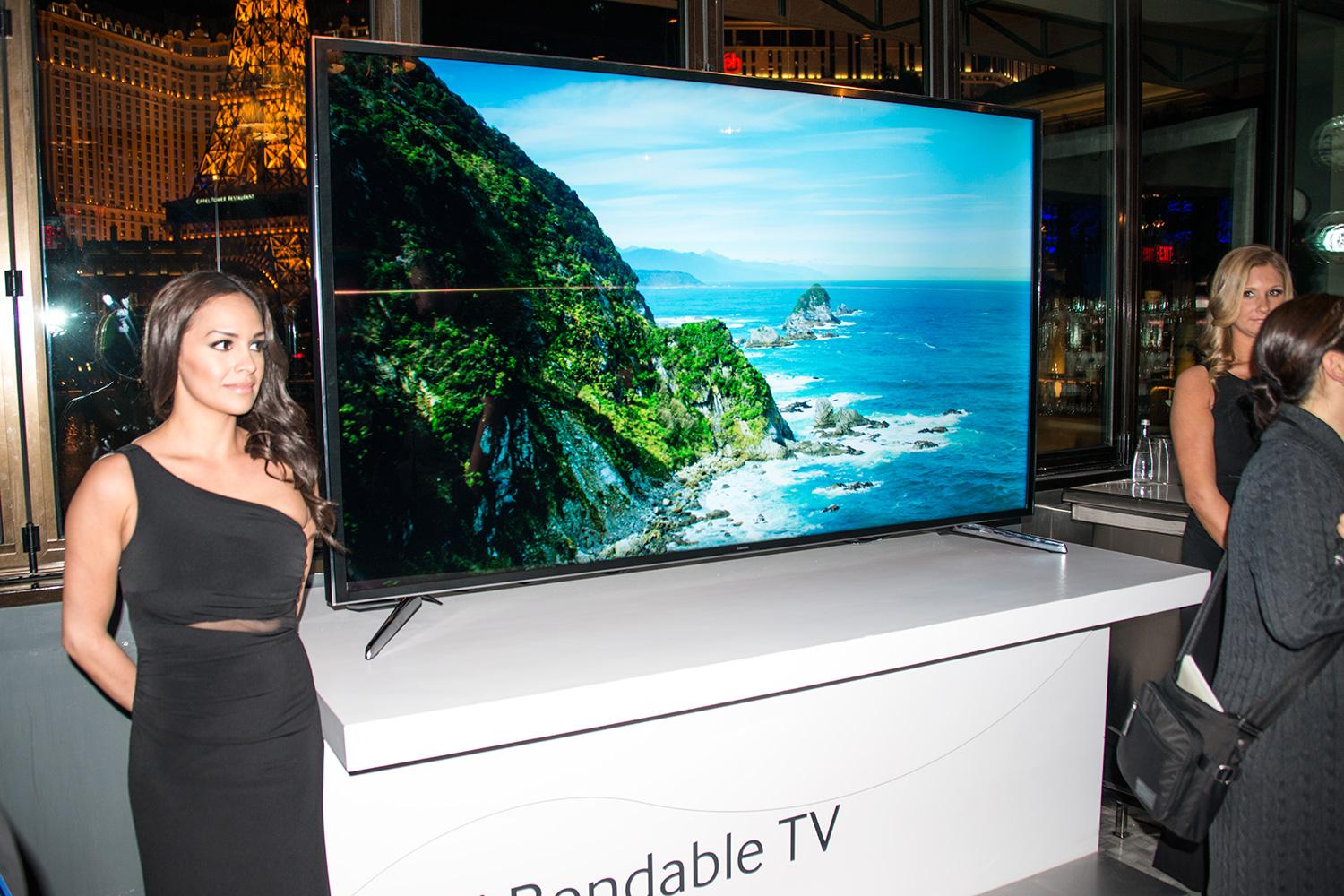 samsung-85-inch-bendable-tv