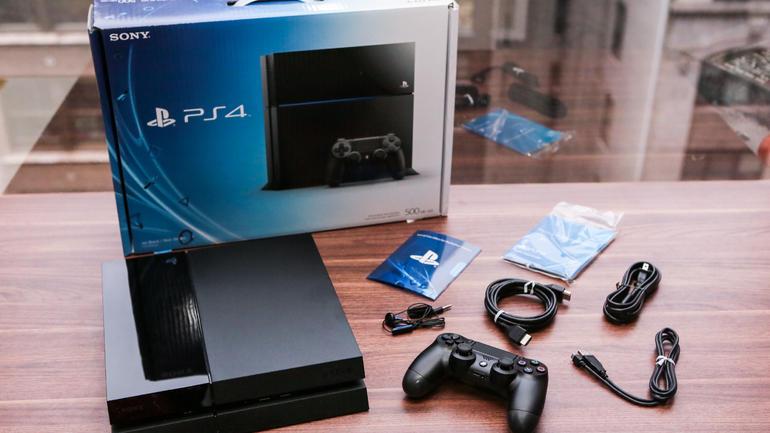 Sony_PS4_35618167_01